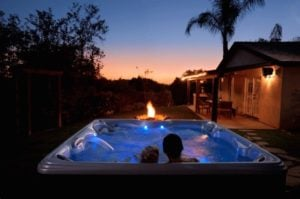How to Use Aromatherapy in Your Hot Tub to Create an at-Home Day Spa