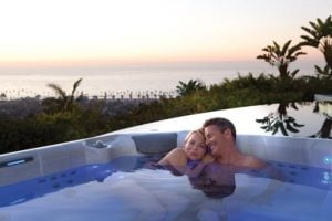 Date Night: Plan your Romantic Hot Tub Experience