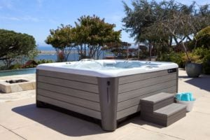 Hot Tub Model Comparison:  The Highlife® Collection NXT vs. Jacuzzi® J-500™ Series
